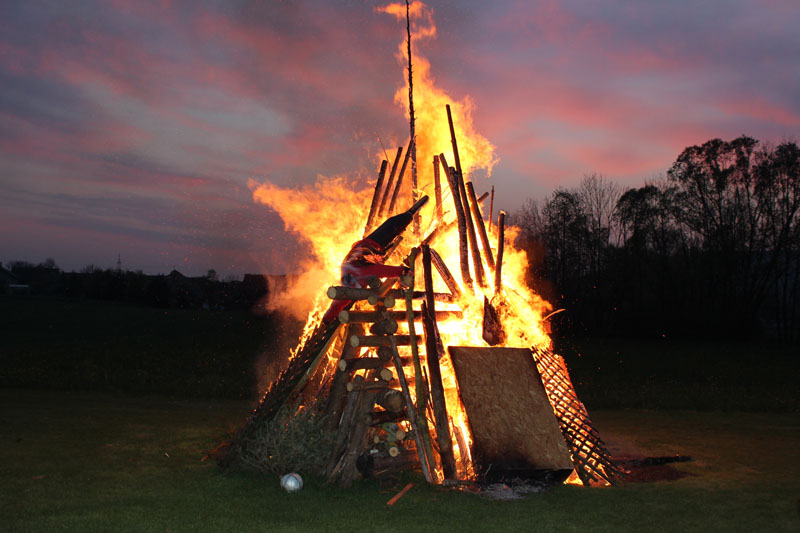 10_Osterfeuer